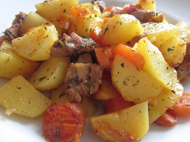 Vepřové s mrkví a bramborem
