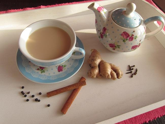 Černý kořeněný čaj