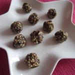 Arašídové kuličky quinoou