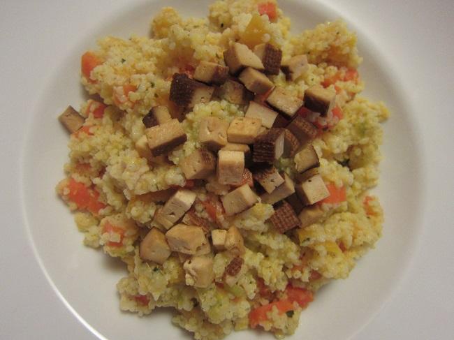 Jáhly s mrkví a uzeným tofu