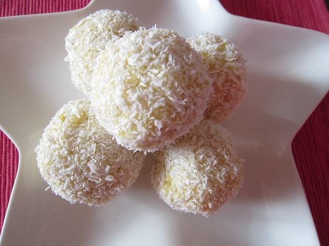 Jáhlové koule s kokosem